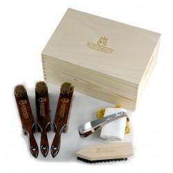 Marco Ricci Zestaw Nr 9 szczotki do pielęgncji obuwia w drewnianym pudełku